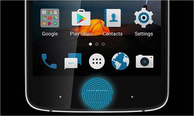 指紋センサーはホームボタンに搭載されてます。