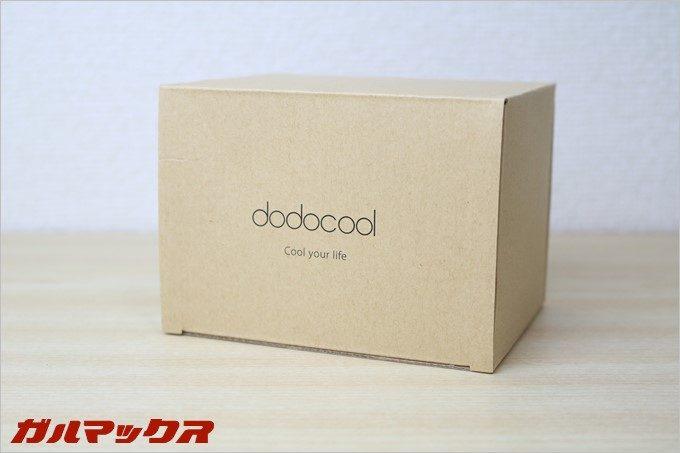 N300はシンプルな箱に入っています。