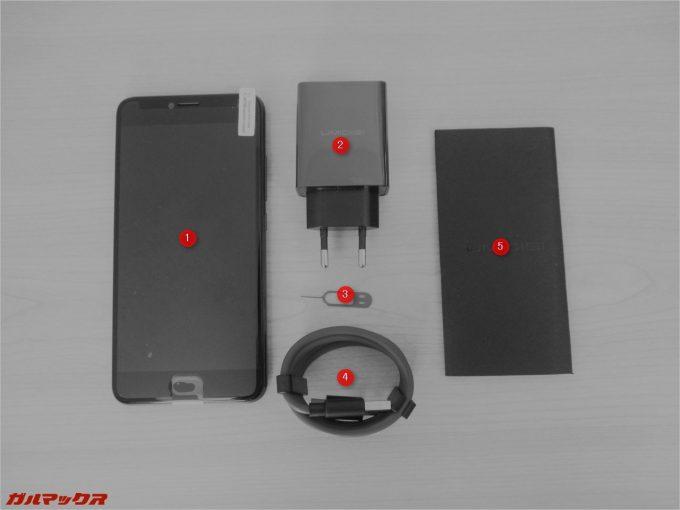 UMIDIGI Z PROの同梱物は本体、充電器、SIMピン、USB Type-Cのケーブル、説明書のみ