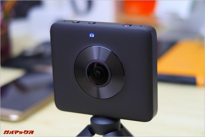 カメラモード時はカメラマークが点灯する