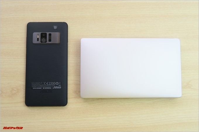 ZenFone ARとGPD Pocketを並べてみた