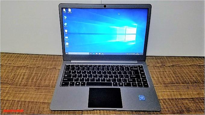 T-Bao Tbook4 14.1の外観は非常にMacBook Airに似ています