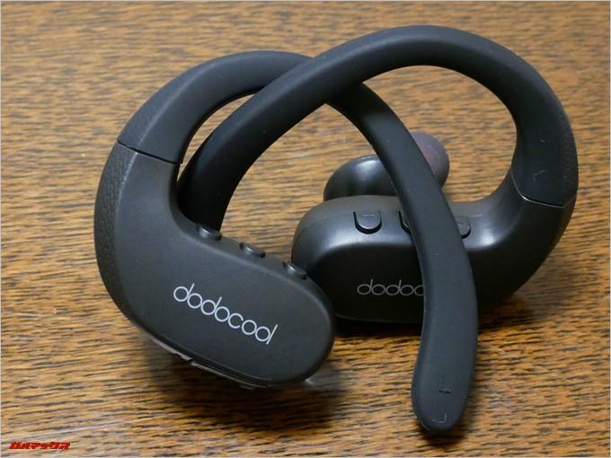 dodocoolのDA144は完全ワイヤレスなので左右のイヤホンは完全独立タイプでケーブルが一切ありません