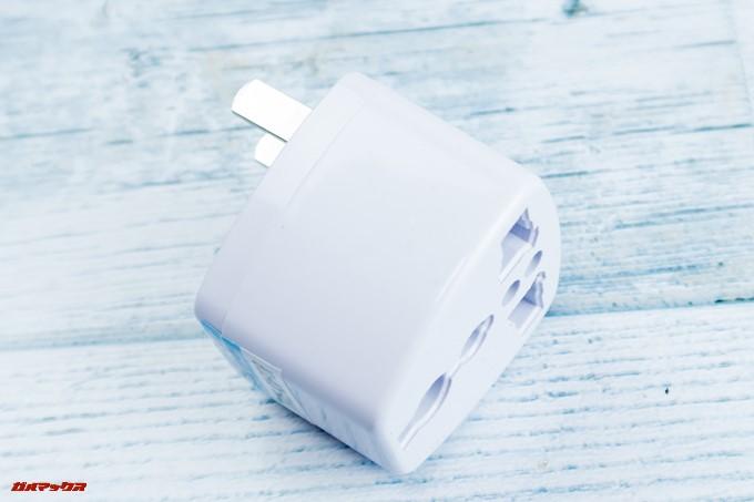 Elephone U Proに同梱されている充電器を利用する場合は変換アダプターが必要