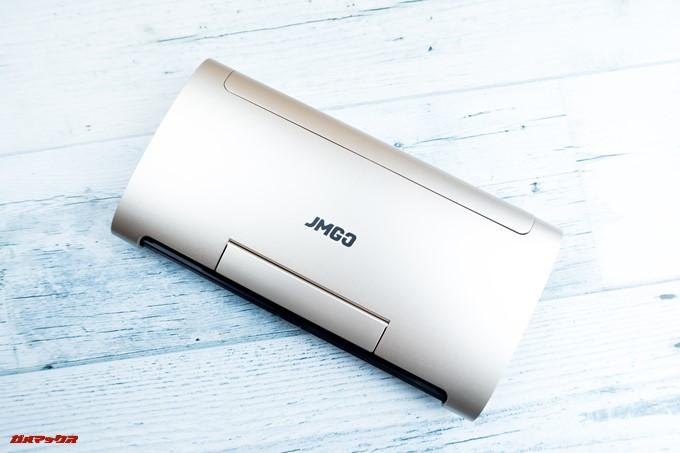 JMGO M6 Portable DLP Projectorは落ち着いたゴールドカラーで上品な印象