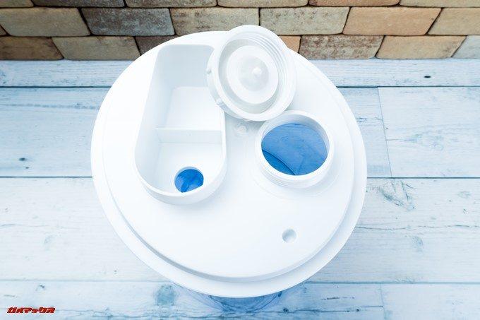 TENKERの加湿器は給水口も広く水を入れやすいです。