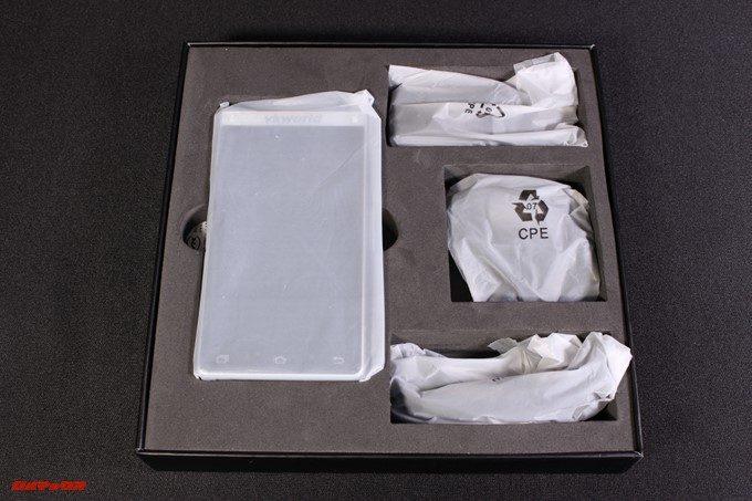 VKworld T2 Plusの外箱蓋を開けると美しく梱包されている