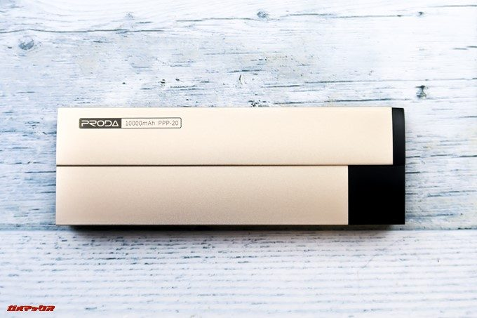 KEROLLAはスタイリッシュなデザインです。