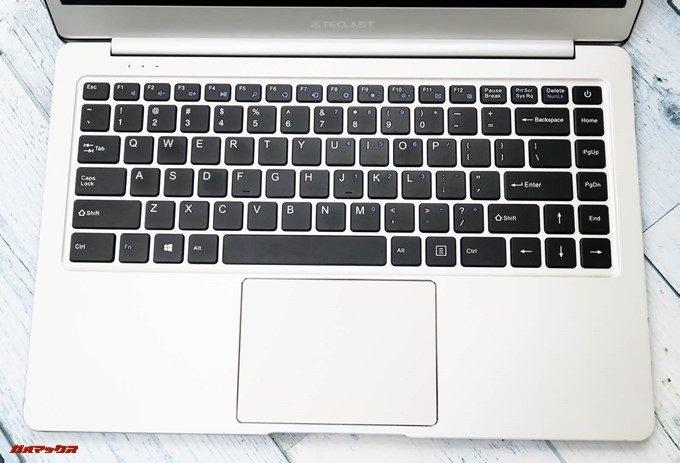 Teclast F7のキーボードはUS配列タイプです。