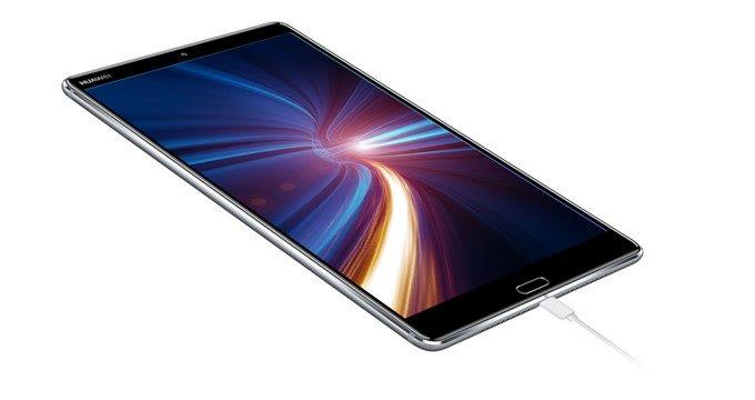 HUAWEI MediaPad M5は5100mAhの大容量バッテリーを搭載