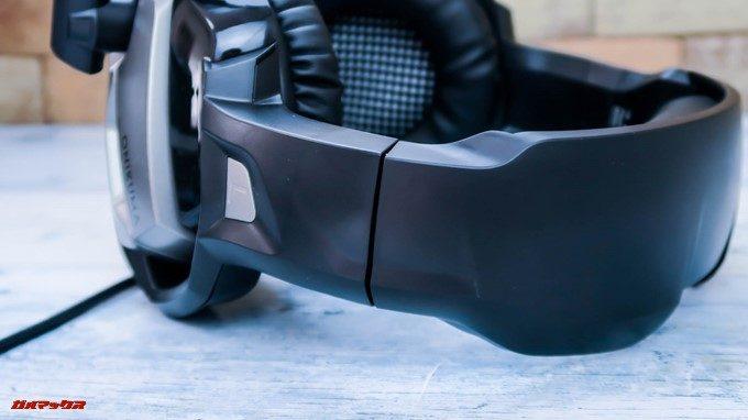 ONIKUMAゲーミングヘッドセットK5のバンド調整部分は金属素材と樹脂のハーフタイプ