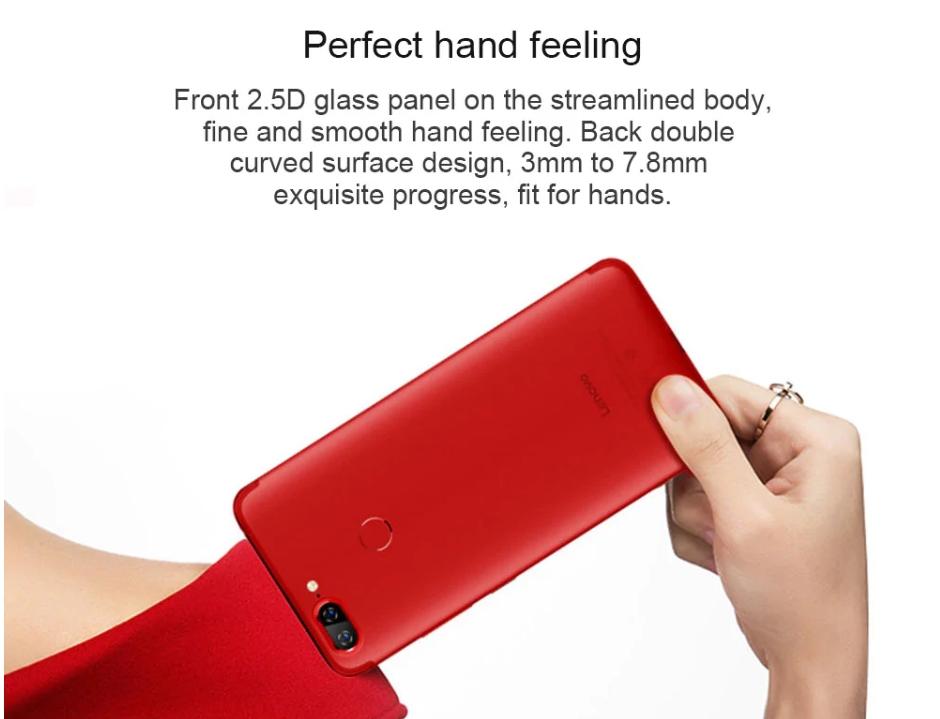 Lenovo S5はラウンドエッジ加工で丸みを帯びた形状で持ちやすい形となっています。