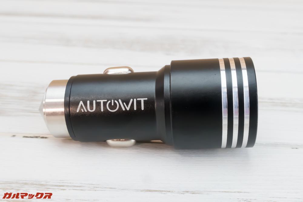 Autowit C3はシガーソケットも付属しています。