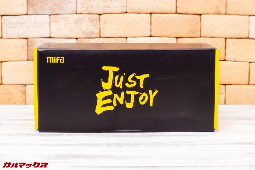 MiFa A30はイエローとブラックのカッコいい箱に入って届きました。