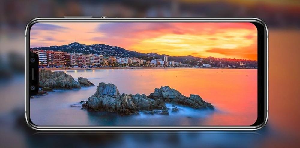 Elephone A5は大画面のノッチ付きディスプレイを搭載している。