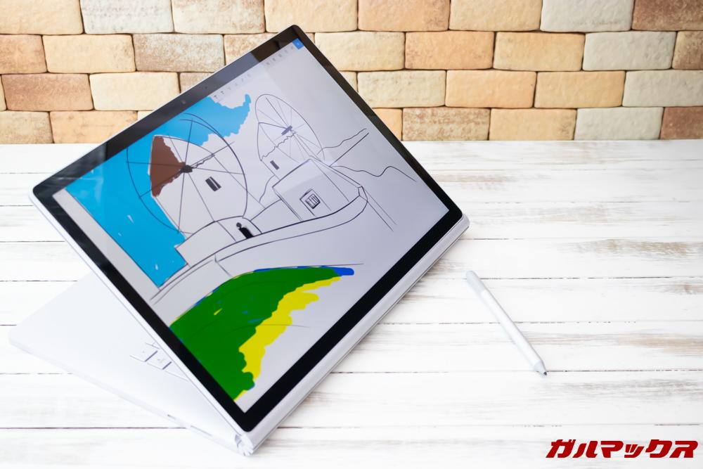 Surface Book 2はスタイラスペン入力が可能です。