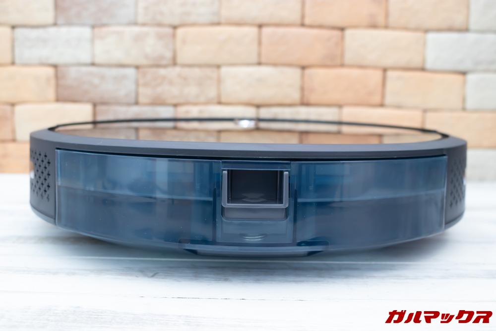 amarey A800のダストボックスは本体の背面に備わっているタイプです。