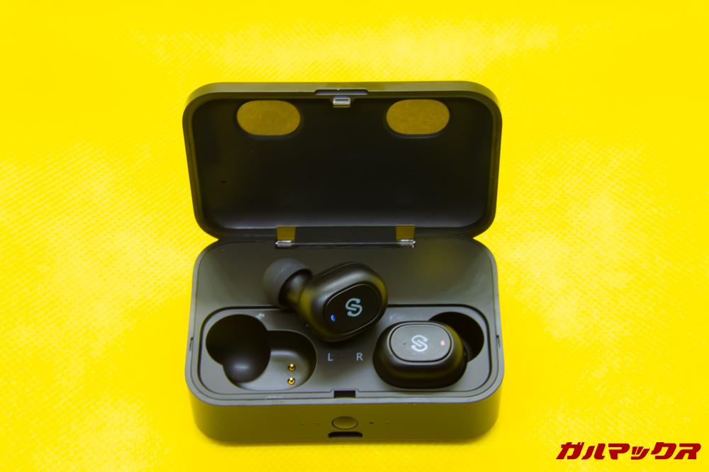 SoundPEATS Q32はケースから取り出すと自動で電源オン!