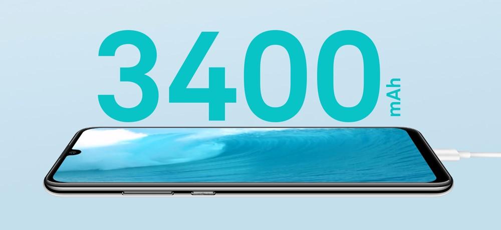 HUAWEI nova lite 3のバッテリーは3400mAhで従来よりも22%も高速に充電可能です。