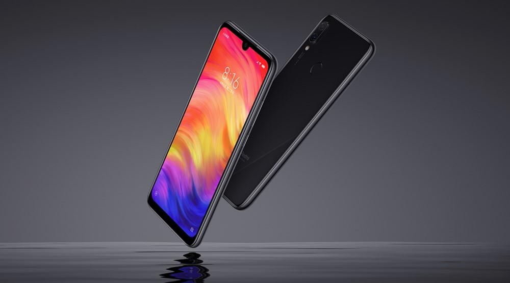 Xiaomi Redmi Note 7は強化ガラスを前面も背面にも採用。