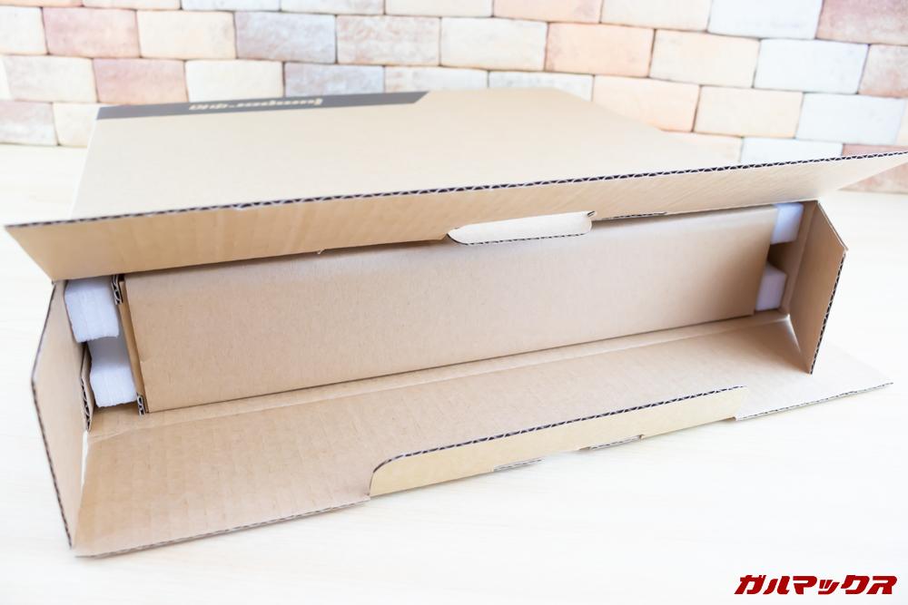 Jumper EZbook 3 Proの梱包は丁寧です。