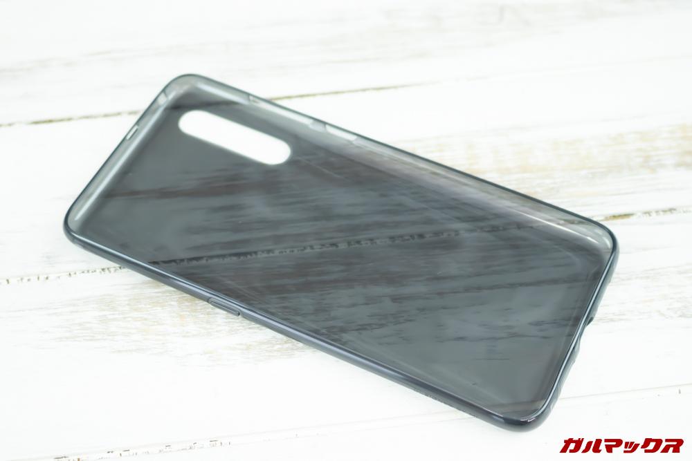 Xiaomi Mi 9は保護ケースが付属