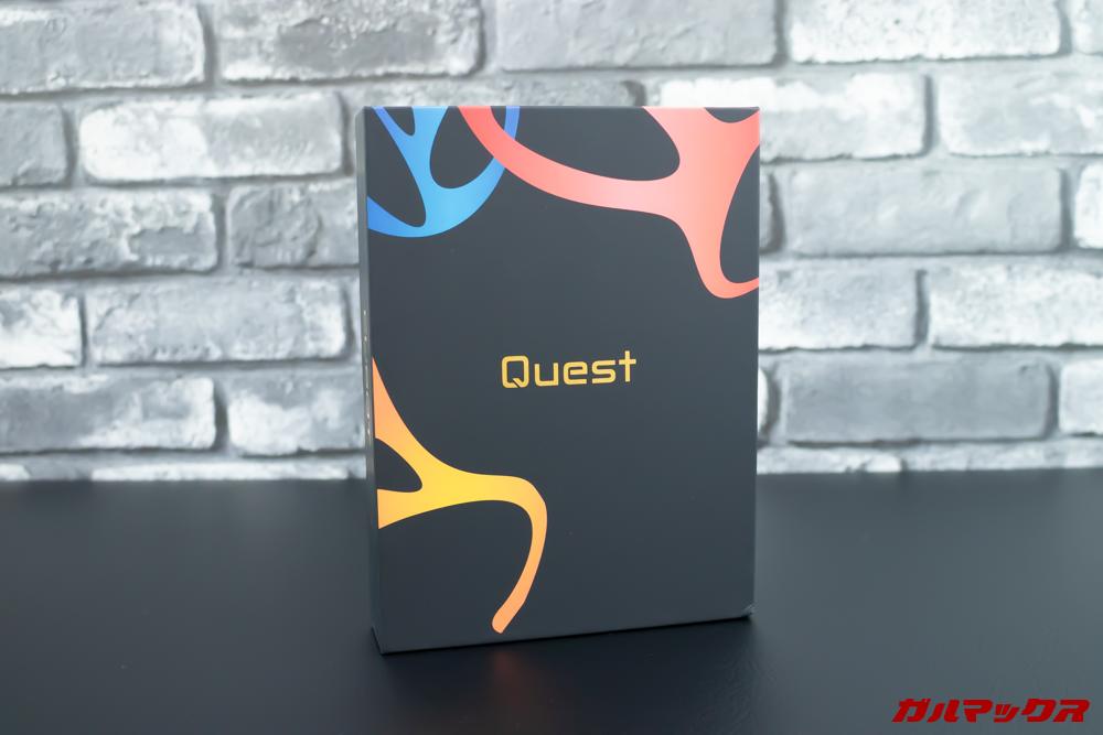 CUBOT Questはカラフルな外箱。