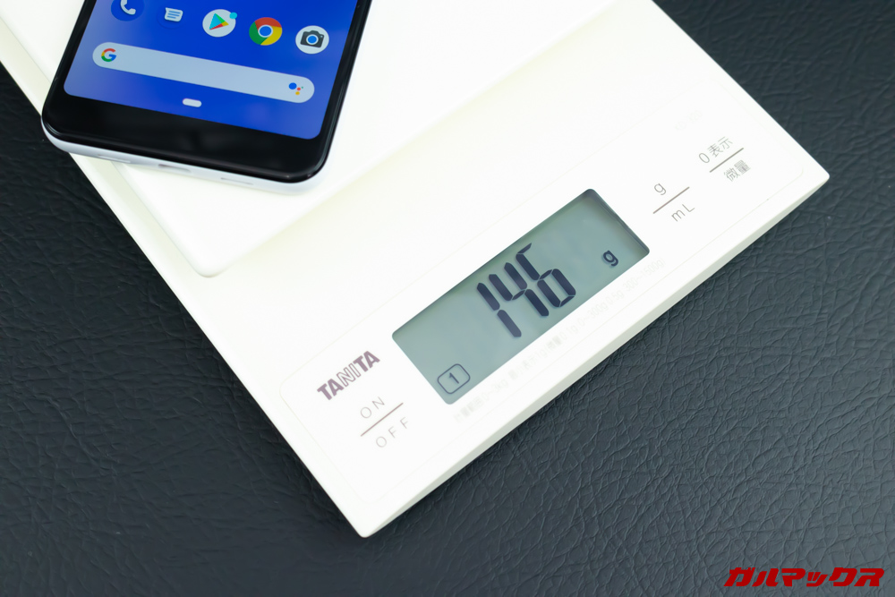 Google Pixel 3aの重量は146g