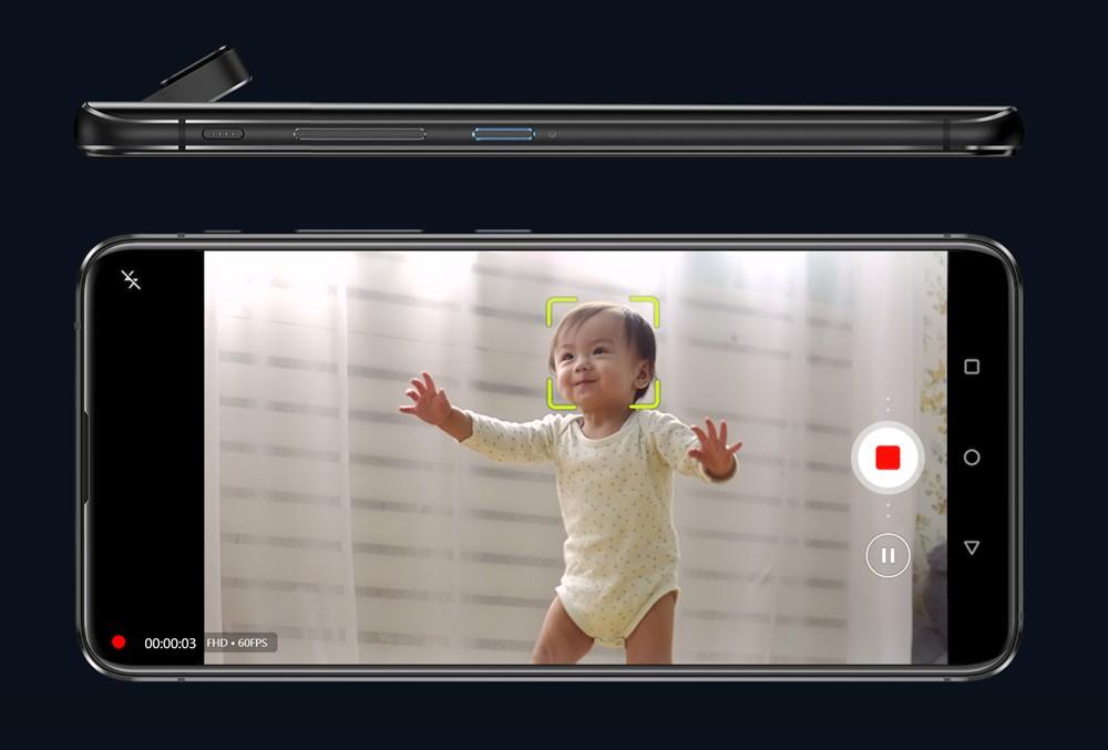 ZenFone 6は被写体をカメラが置い続ける機能も搭載