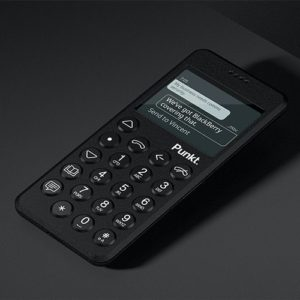 SIMフリーのストレートケータイ「Punkt MP02」予約開始