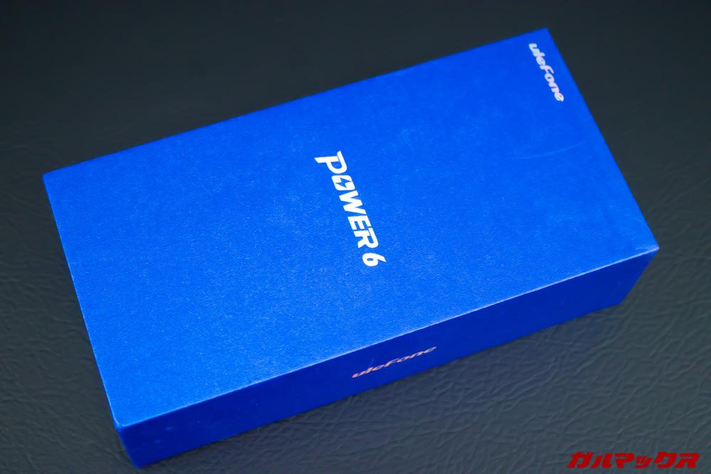 UleFone Power 6の外箱は鮮やかなブルーパッケージ