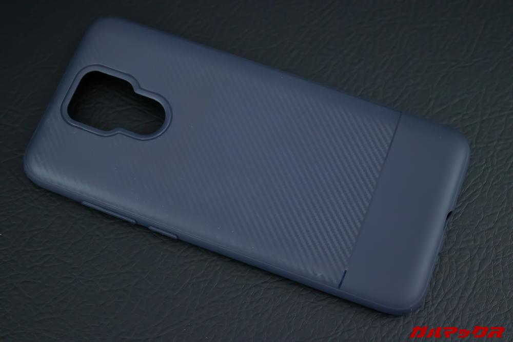UleFone Power 6にはデザイン性の高い保護ケースが付属しています。