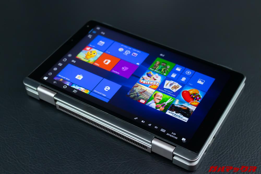 MiniBookは画面を回すとタブレット状で利用できる。