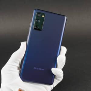 Galaxy S20 FEのレビュー!廉価モデルとは思えない完成度が魅力!イヤホンジャックは欲しかった!