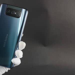 Zenfone 8 Flip/メモリ8GB(Snapdragon 888)の実機AnTuTuベンチマークスコア